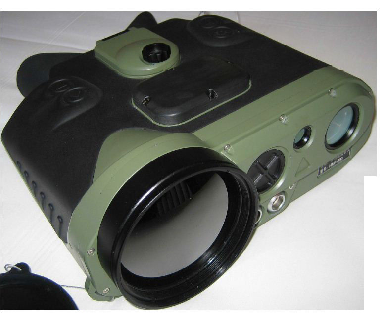 8KM Detection Thermal Vision Binoculars , 50mk 800 × 600 Thermal Sensor Binoculars
